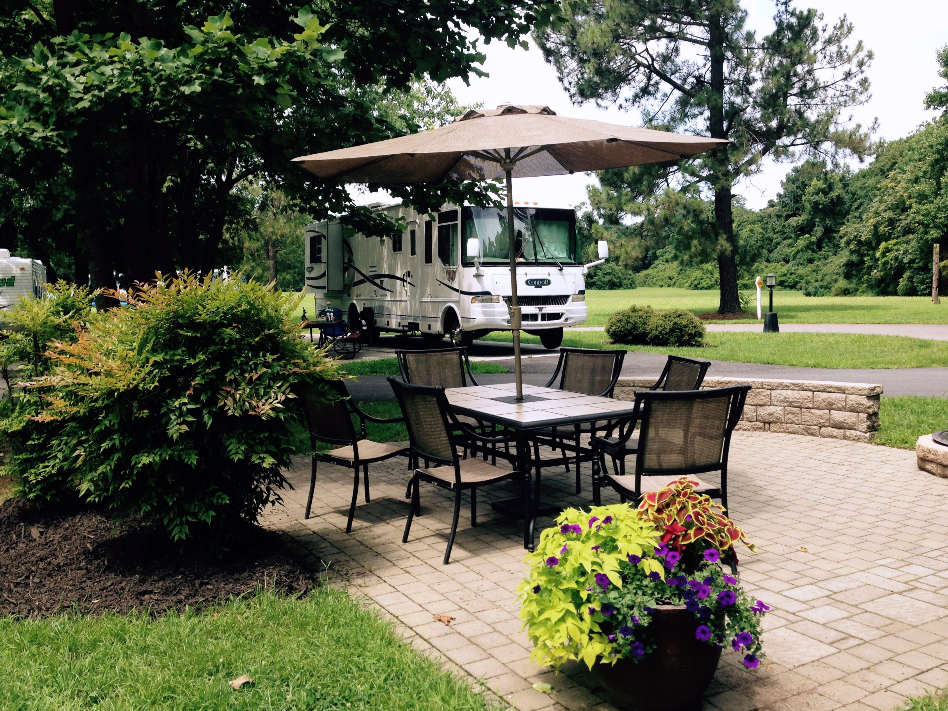 Relaxing Stay In Our 70 Acres Of Lush Green Meadows And Woodlands As Well The Historic Setting For Birth Nation Step From Your RV Right